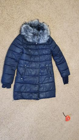Зимняя женская курточка S