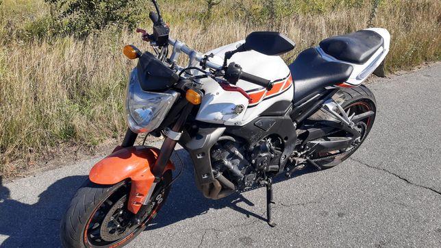 Продам мотоцикл Yamaha FZ1