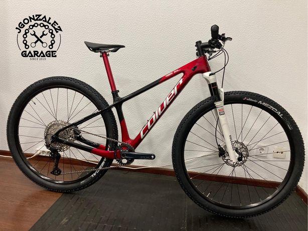 Bicicicleta btt em carbono roda 29 coluer Poison 3.1 ( reba)