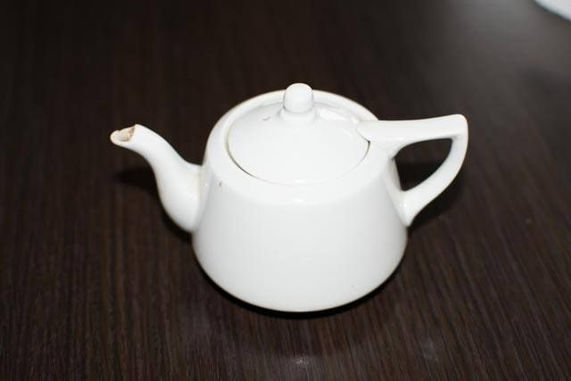 Dzbanek/czajniczek do herbaty, Ćmielów, prl, stara porcelana