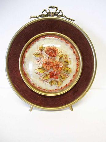 moldura em latão e veludo vintage com pintura de flores sobre vidro