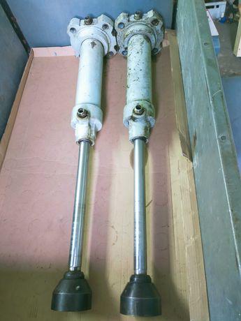 Siłownik hydrauliczny fi100/40 pełny skok 400
