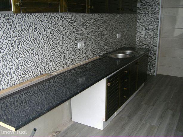 Chaves 59.000,00 Euros Apartamento T2