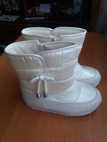 Сапожки Ботинки зимові молочного кольору 29