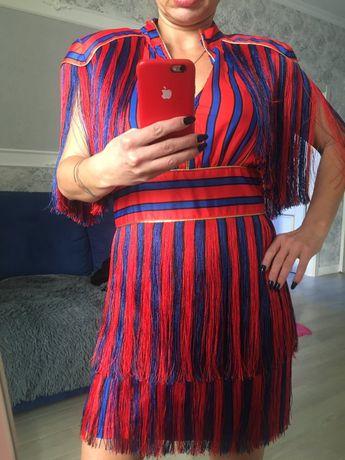 Продам новое нарядное роскошное платье.