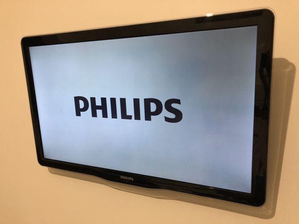 LED телевизор Philips 40PFL5605H/12
