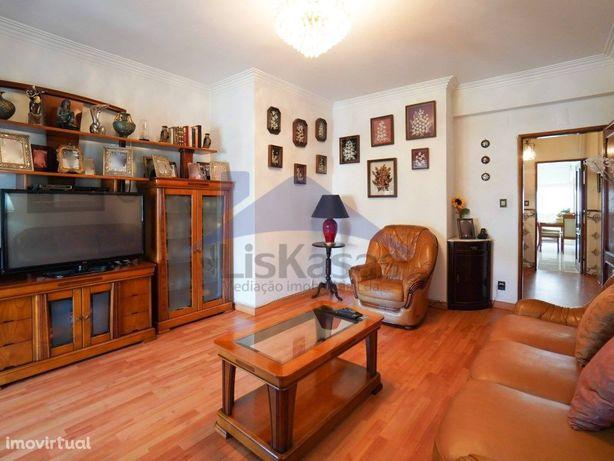 Apartamento T2 com 95m2, na Quinta do Mendes, em Odivelas