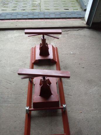 Wózki do rozjeżdżania rozpoławiania ciągników