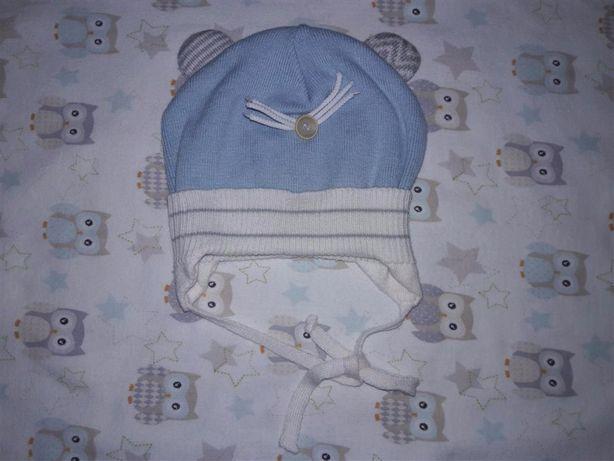 Демисезонная шапочка на мальчика