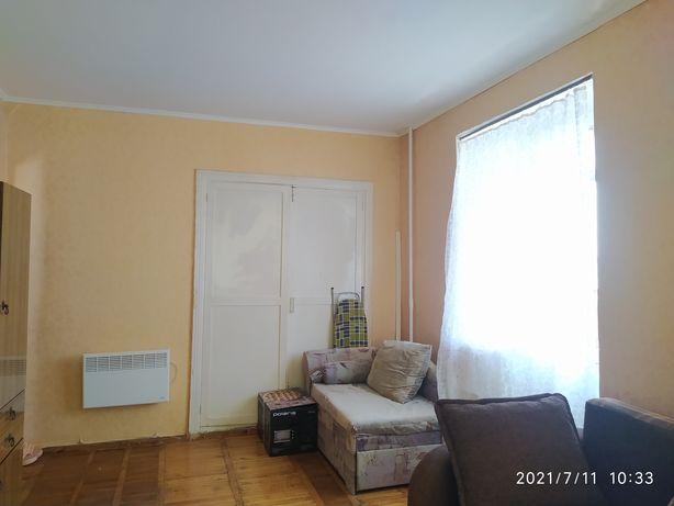 Продам 1 комнатную квартиру на Крошне