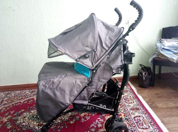 Продам детскую прогулочную коляску Carrello roadster