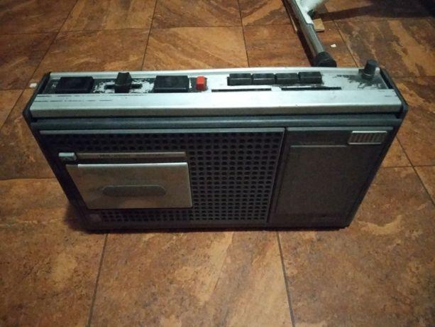 Radiomagnetofon Unitra MK2500 Grundig radio