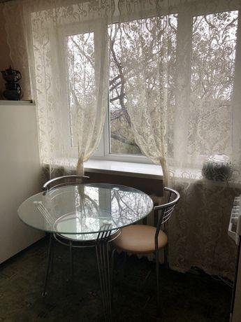 Продам стол кухонный круглый обеденный