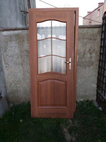 Drzwi z futryną