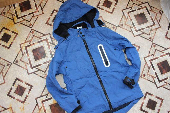 Куртка ветровка на 7-8 лет мальчику синяя