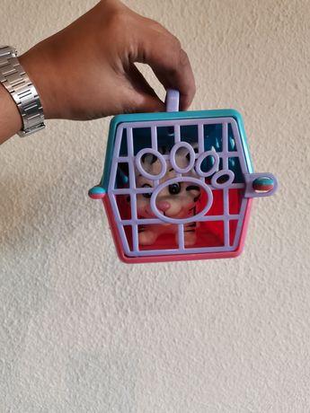 Brinquedo gato com gaiola