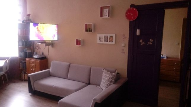 2 pokoje do odnowienia w dobrej lokalizacji