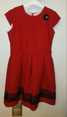 Czerwona sukienka roz. 134