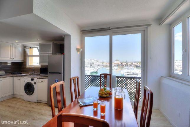 VILAMOURA - Apartamento T2+1  com vista sobre a Marina de Vilamoura