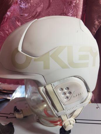 Шлем.сноуборд,лыжный