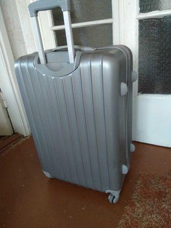 Продам чемодан поликарбон, 4 колеса. Тренажер