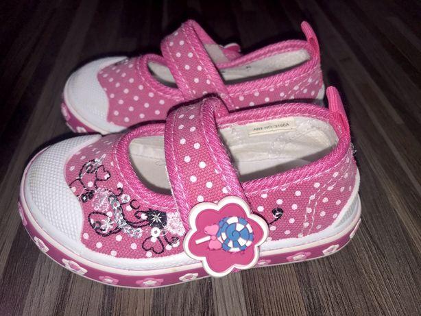 Buciki trampki dla dziewczynki różowe rozmiar 19