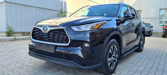 Продам новую Toyota Highlander Hybrid 2021