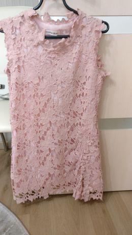 Продам плаття розмір 42 на с.