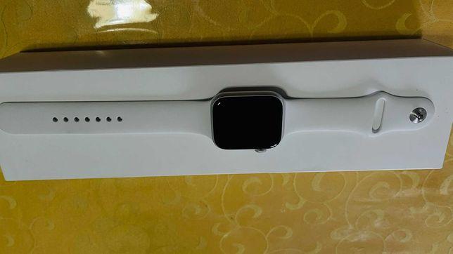 APPLE Watch Series 5 - 44 mm Alumínio Cinzento