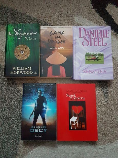 Książki o różnej tematyce, Danielle Steel, Scott Spencer i inni