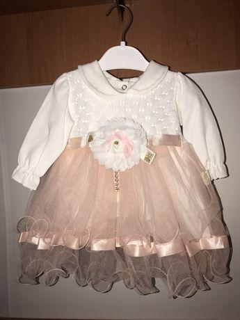 Продам два красивых детских платья