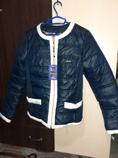 Продам куртку весна-осінь, 44 розміру М, можна на невелику Л.