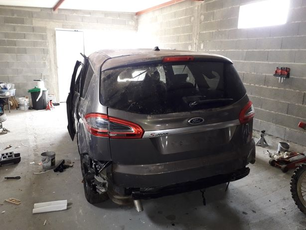 Matrial Ford s-max 2011
