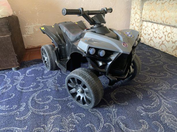 Детский електроквадроцикл