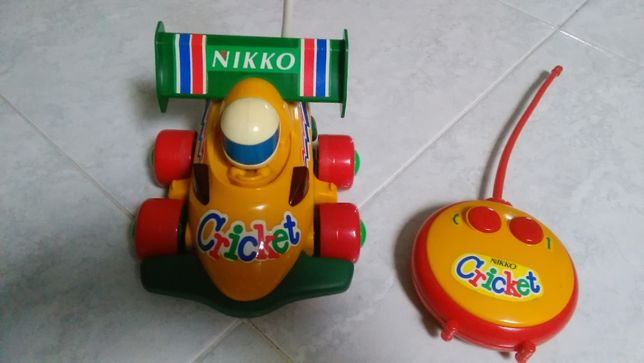 Carro telecomandado Nikko