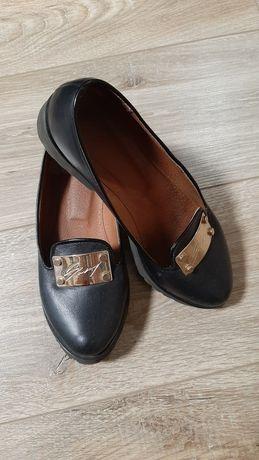 Кожаные туфли состояние новых