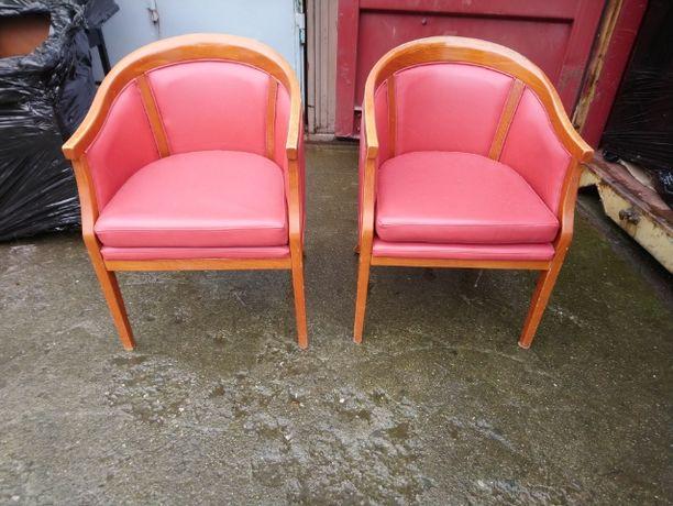 Klubowe fotele - vintage