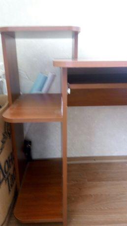 Письменный,компьютерный   стол