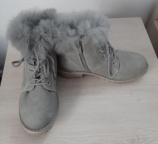Buty zimowe dziewczęce 33