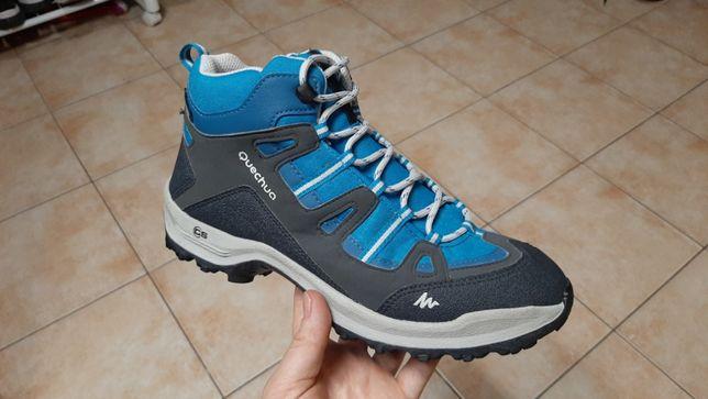 40-40,5р,стелька26см,Трекинговые кроссовки,ботинки Quechua (Кечуа), о