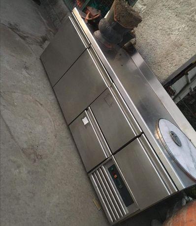 Banca frigorífica em inox