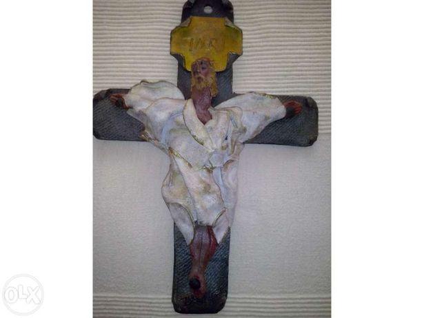 Peça de decoração de Jesus Cristo na Cruz