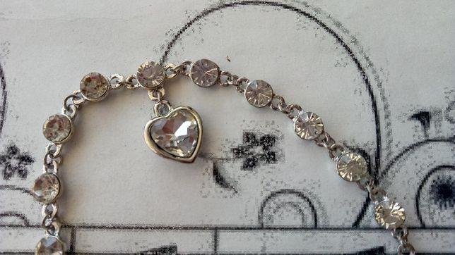 Подарок девушке женщине любимой сердце браслет