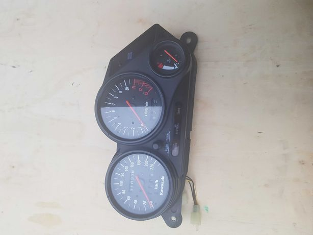 Licznik zegary kawasaki gpz 500s