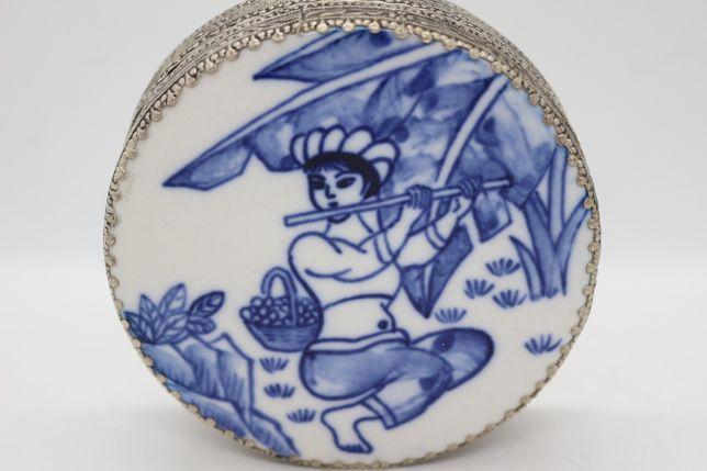 Caixa em Porcelana e Prata Chinesa Azul e Branco Espelho Figura XIX