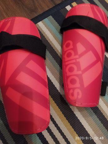 Ochraniacze piłkarskie adidas, dla dziecka