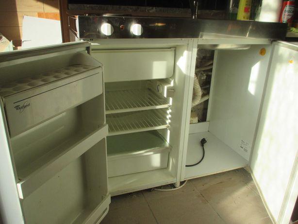 Kuchnia kompaktowa Whirlpool AMB 590 G/R WP 4 w 1