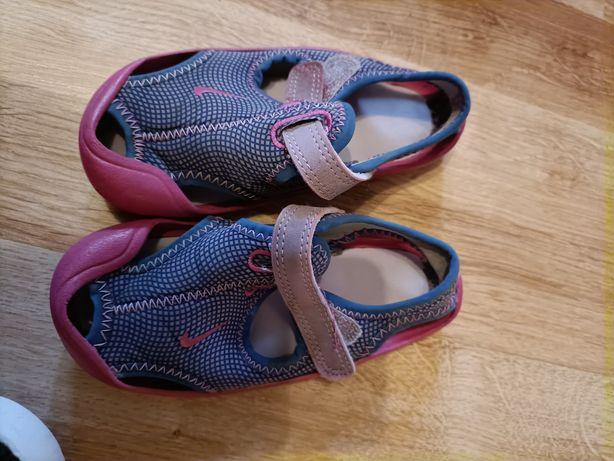 Sandałki Nike 24