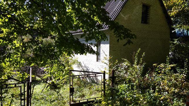 Земельна ділянка з будинком, 3 км. від Львова (Обмін)