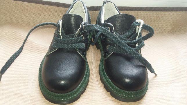 Туфли на ребенка. Натуральная кожа
